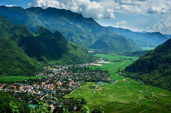 Mai Chau classic 2 days 1 night tour