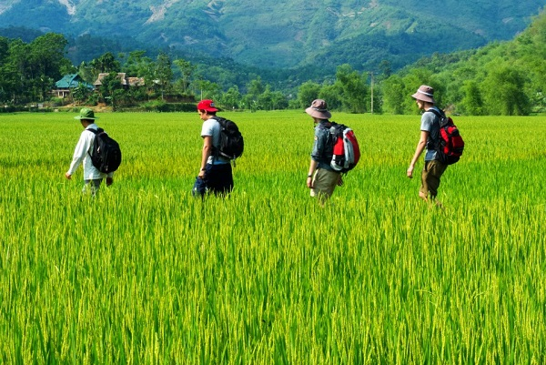 Mai Chau trekking 2 days 1 night tour